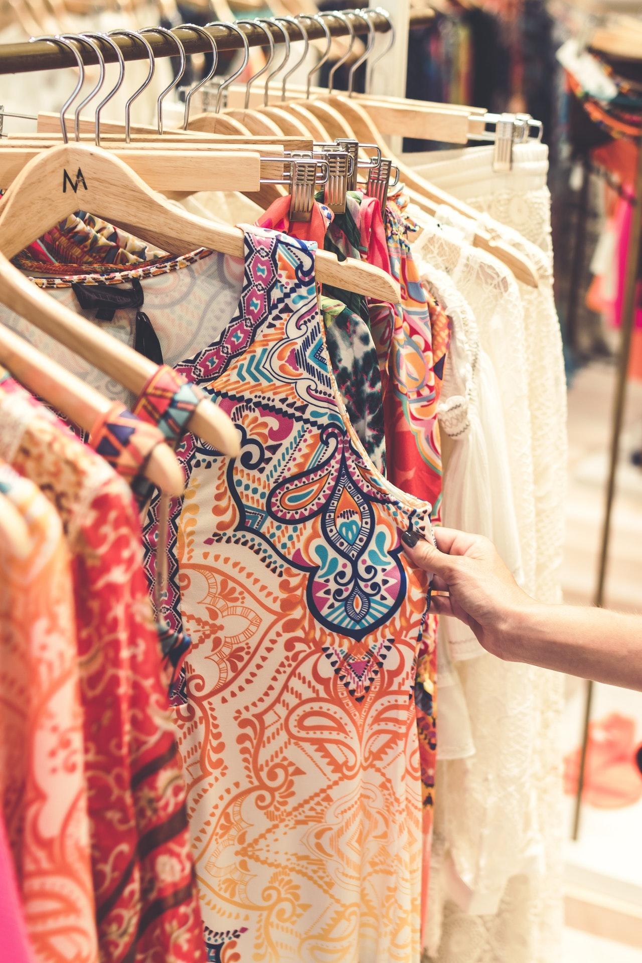 bargain-blouse-bright-1078958